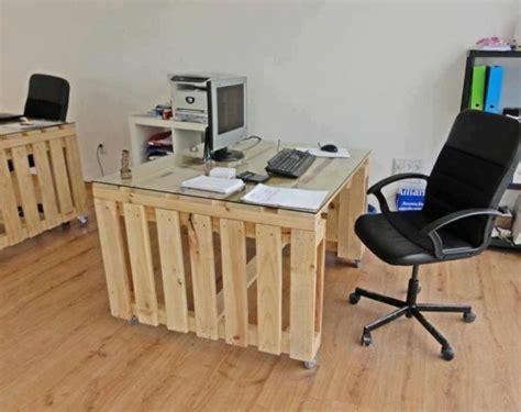 bureau palette bois bureau en palette modèles diy et tutoriel pour le