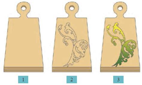 menerapkan ragam hias  bahan kayu