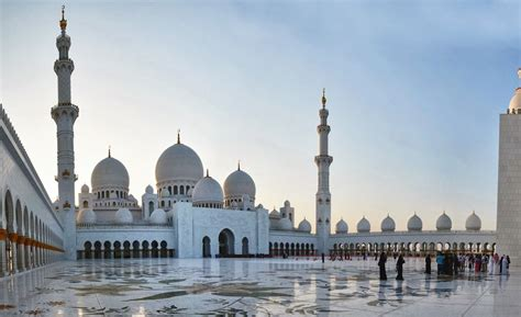 Abu Dhabi Mosque Wallpaper by Sheikh Zayed Mosque Wallpapers Articles About Islam