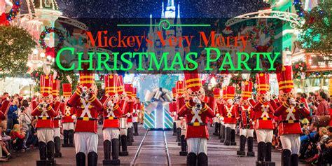 mickey s christmas party disneyland mickeys chritsmas decor