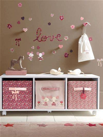 vertbaudet chambre bebe 25 best ideas about meuble rangement enfant on