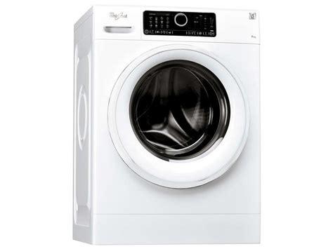 lave linge ouverture hublot whirlpool fscr70410 chez conforama
