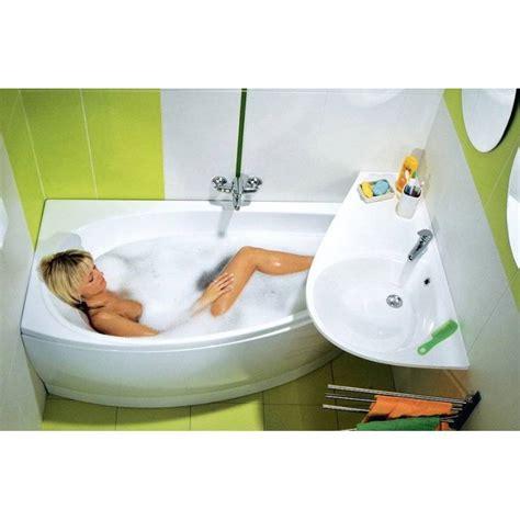 baignoire gain de place avocado