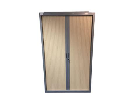 armoires de bureau pas cher armoire de bureau d occasion 224 rideaux gris et bois clair