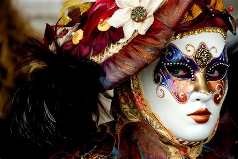 18 Pictures Of The Venice Carnival That Will Make You Wish