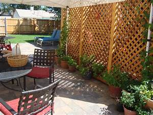 Griffith Creek Designs Trellis Privacy Screen With Planter