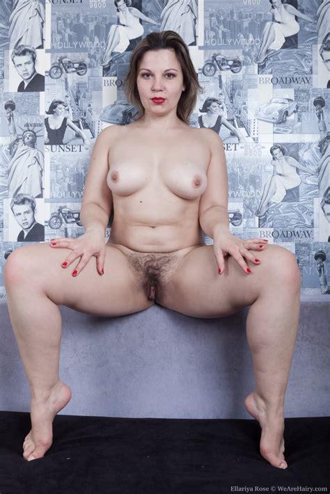 Wearehairy Ellariya Rose Ellariya Rose Strips Naked While