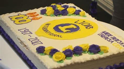 Permalink to Birthday Cakes Edmonton