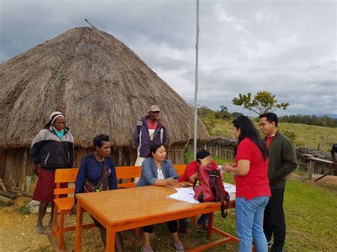 photo telkomsel jemput bola registrasi pelanggan