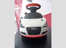 Die AudiBobby Cars Vorsicht Rutschgefahr die Audi A1