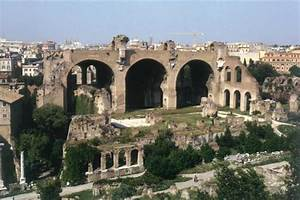Basilica of Constantine | ancient building, Rome, Italy ...