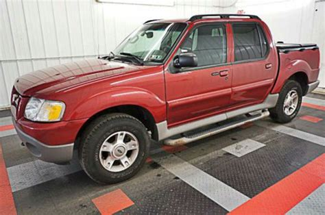 sell   ford explorer sport trac xlt   wd
