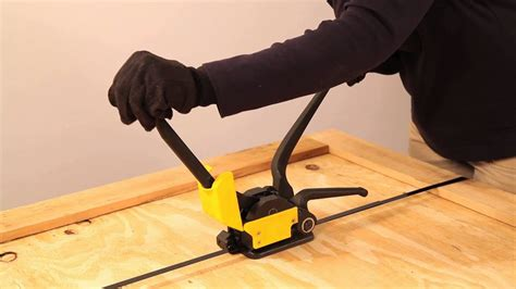sealing steel strapping   sealless combination tool   bag company youtube