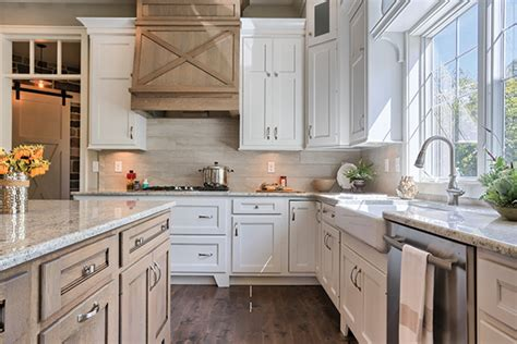 modern farmhouse interior kitchen covered range ideas kitchen inspiration the Modern Farmhouse Interior Kitchen