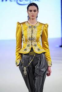 Robe Algérienne 2016 : rym menaifi for manouba couture fall winter 2016 paris haute couture algeria haute ~ Maxctalentgroup.com Avis de Voitures