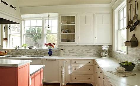 backsplash for white kitchen cabinets kitchen backsplash ideas with white cabinets ideas