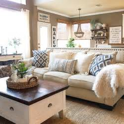 Ceiling Paint Vs Flat Paint by Best 25 Family Room Decorating Ideas On Pinterest