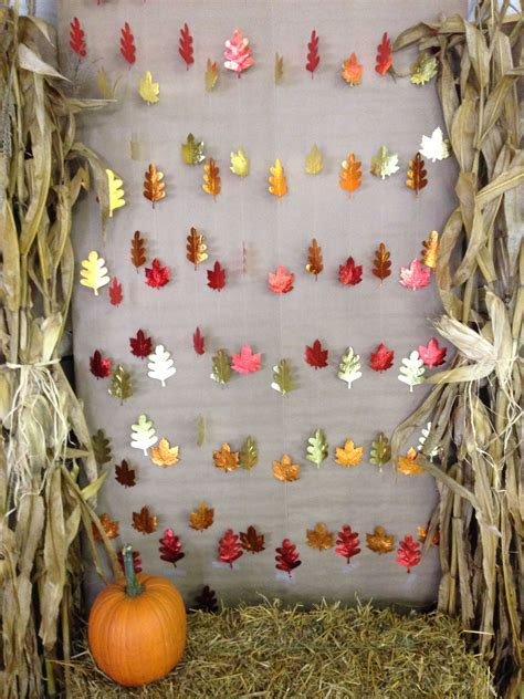 Photo Booth Backdrop Ideas by Diy Fall Photo Booth Backdrop For Or