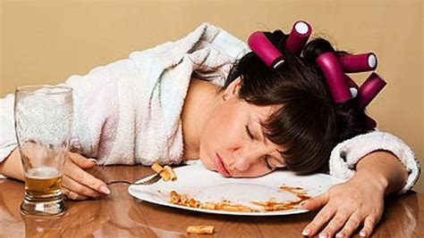 Sleeping Less May Mean You'll Eat More