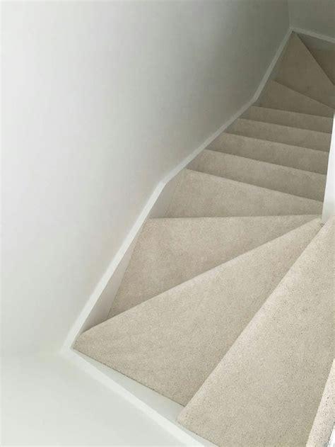 light cream carpet  stairs cream stair carpet