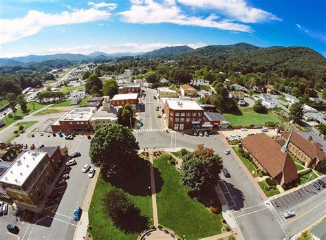 13 Top Rated Mountain Towns In North Carolina Planetware