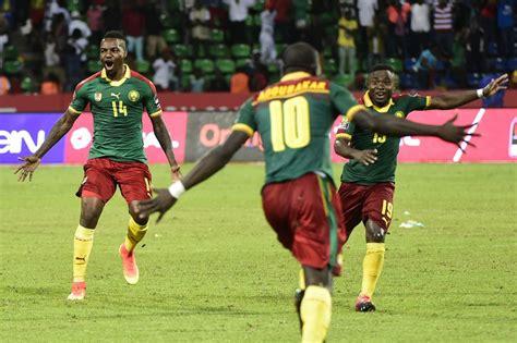 Le Cameroun Et Le Burkina Faso En Demi