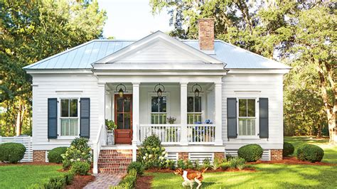 our favorite 800 square cottage that you can southern living