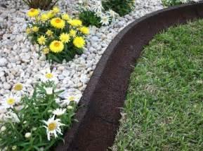 Curved Concrete Garden Edging Gallery