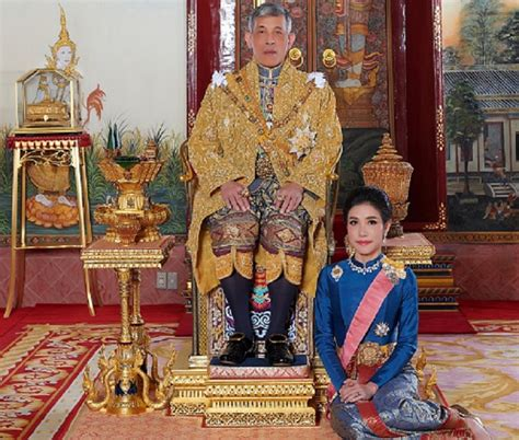 The appointment came two months after the king married queen suthida, who is his. Thai King's New Royal Consort is a Plane-Flying, Gun ...