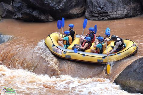 white water rafting  cairns australia global girl travels