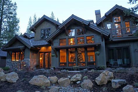 craftsman mountain house plan   master suites  baths mountain house plans