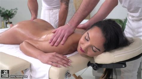 Erotic Massage Is Turned Into Wild Mmf Threesome With