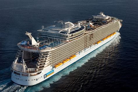 The World Largest Cruise Ship - My Pakistan