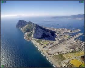 ジブラルタル:The Rock of Gibraltar aerial photograph