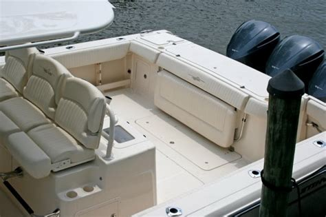 Boat Bench Seat Center Console by Bench Seat For Center Console Boat Bench Seat With Fold