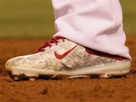 pros wear mike trouts nike zoom trout  cleats
