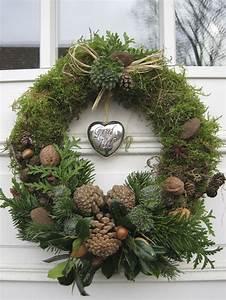 Advent Vor Der Haustür : ber ideen zu winterkr nze auf pinterest weihnachtskr nze stecken weihnachtskr nze und ~ Whattoseeinmadrid.com Haus und Dekorationen
