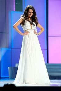Download Olesya Stefanko Ukraine In White Gown Miss