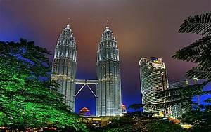 Petronas Towers Kuala Lumpur Wallpaper
