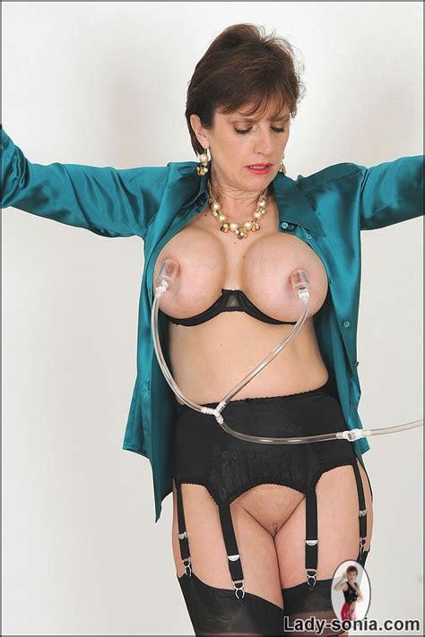 Lesbian Big Nipple Play