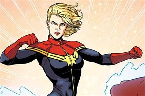 captain marvel costume    green  isnt  red