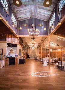 Houston Wedding Venues | Rustic Barn  Rustic