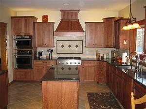 Quarter sawn oak kitchen - Gutshalls Kitchens