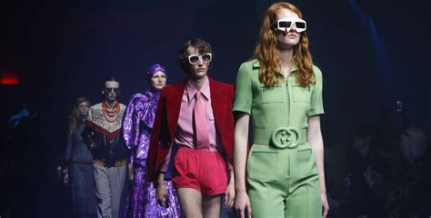 See The Spring Summer 2018 Collection In Motion Gucci