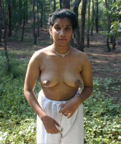 Nangi Bhabhi Ke Boobs Aur Chut Ke 30 Desi Sex Photos