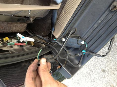 2000 4runner Wiring Harnes by Factory Hitch Harness Wiring What Is This Wire Toyota