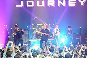Rascal Flatts and Journey Close 2012 CMT Music Awards With ...