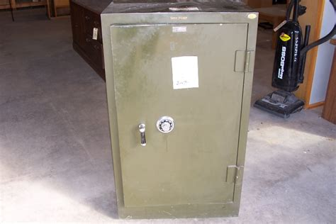shaw walker file cabinet safe shaw walker government auctions