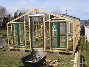 Fabriquer Une Serre En Bois : construire serre de culture ou serre en verre mini serre ~ Melissatoandfro.com Idées de Décoration