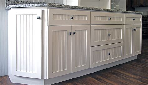 builders surplus kitchen bath cabinets warwick kitchen cabinets builders surplus 9330